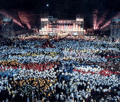 A wide angle shot of big crowd at the 1987 Opening Ceremony